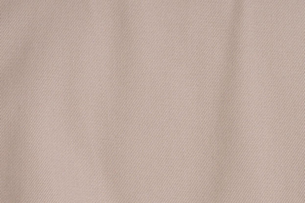 z kolekcji PRE-AUTUMN 2020, z klapami na dekolcie, idealny na co dzień .