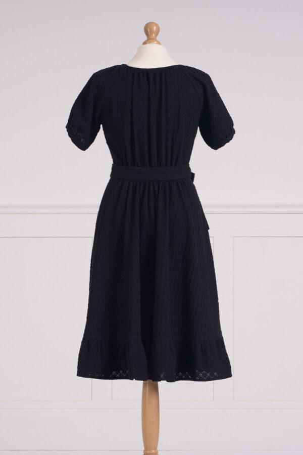 z kolekcji SPRING 2021, w kolorze czarnym, ale bardzo dziewczęca.