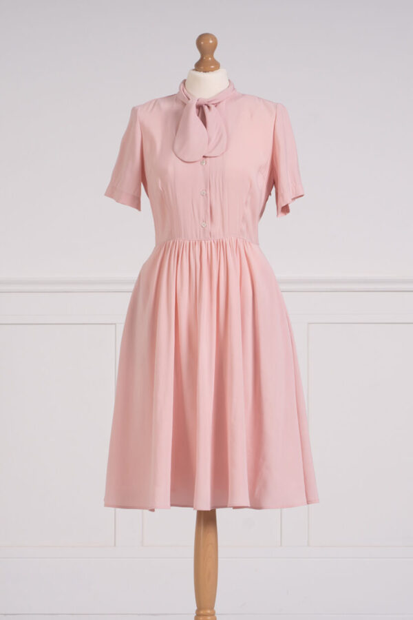 z kolekcji SPRING 2021, w kolorze różowym, jednolita.