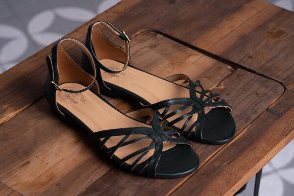 z kolekcji MID-SPRING 2021, sandałki, na płaskim obcasie